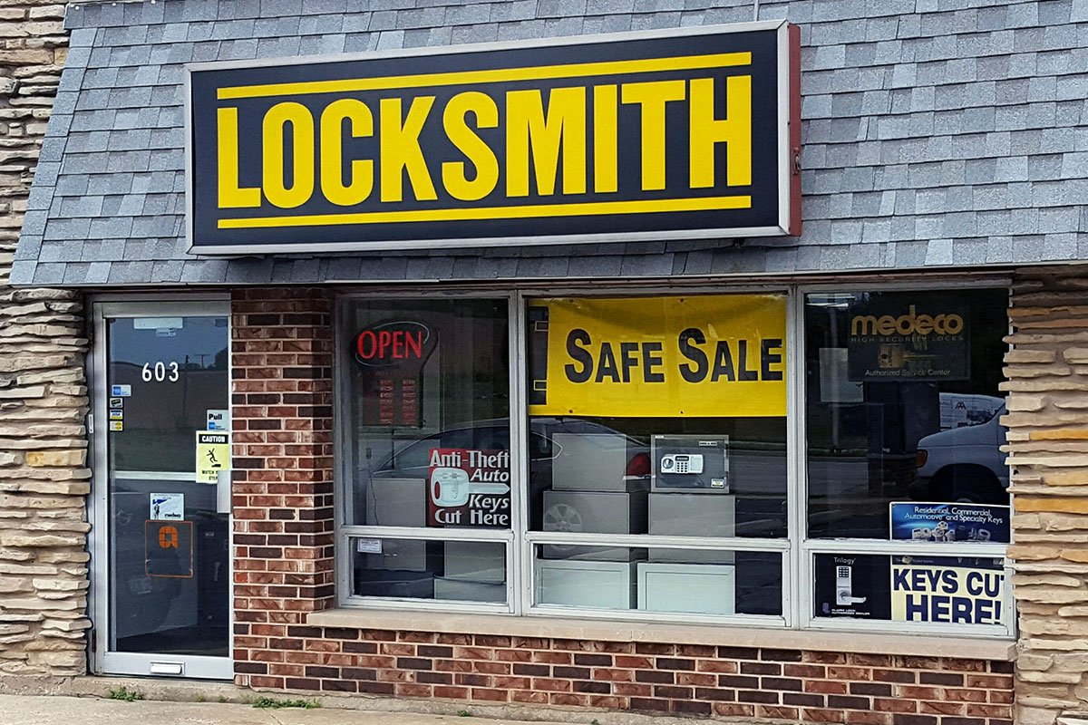 Photo of the front of the DuPage Security Solutions locksmith storefront